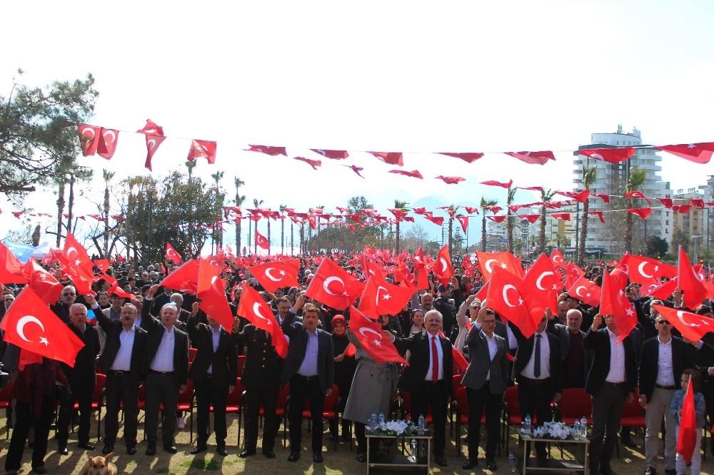 Antalya'da şehitlere dua, Mehmetçik'e destek programı