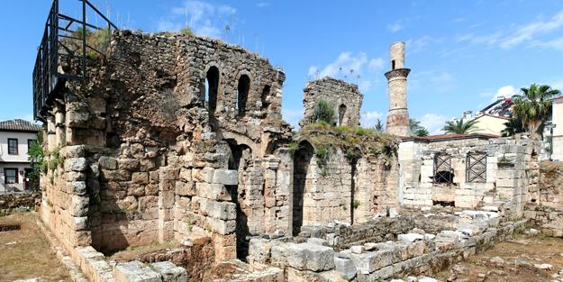 Antalya'daki tarihi 'Kesik Minare', 123 yıl sonra ibadete açılacak