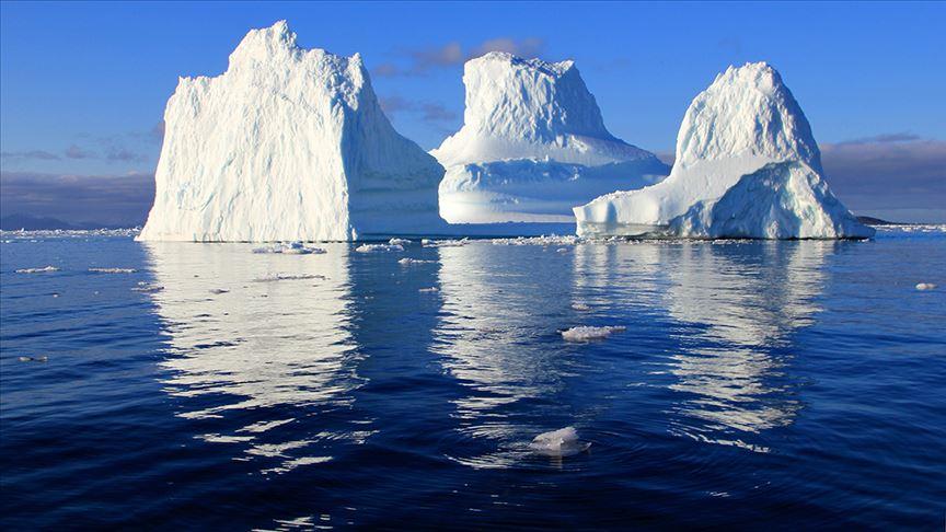 Antarktika'dan 315 milyar tonluk buz dağı koptuğu bildirildi