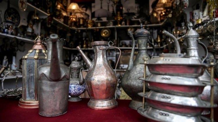 Antika tutkunları İstanbul Beyoğlu'nda buluştu