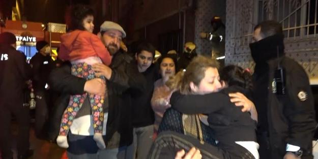 Apartmanda çıkan yangın felakete sebep olacaktı! 5'i çocuk 8 kişi kurtarıldı