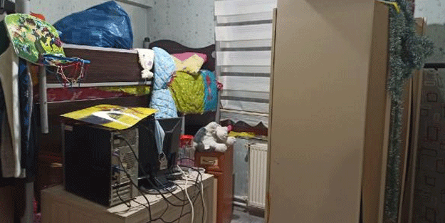 Apartmandaki su borusu patladı, 4 daire su altında kaldı