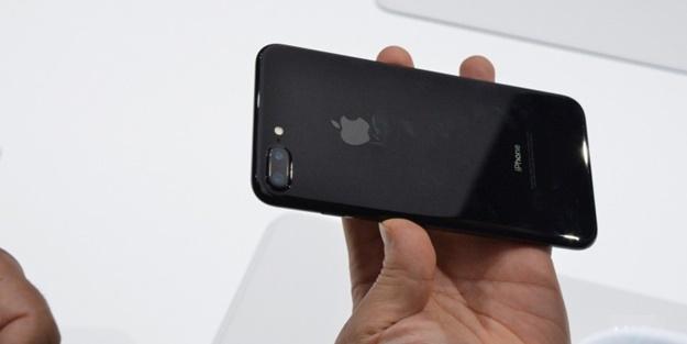 Apple'dan çok konuşulacak 'selfie kamerası' hamlesi