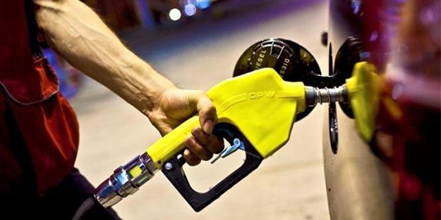 Araç sahipleri dikkat! Benzine 15 kuruş yeni bir zam geliyor