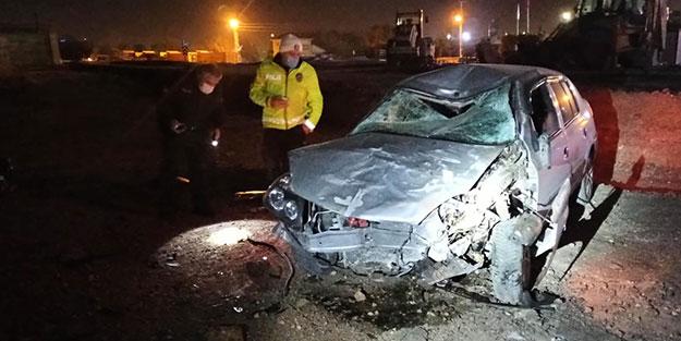 Aracıyla yapımı devam eden yola uçan şoför yaralandı