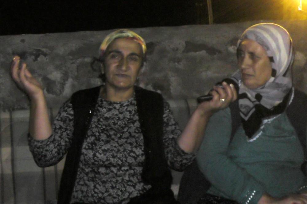 Ardahan'da bir evin damı çöktü, 5 kişilik aile ortada kaldı