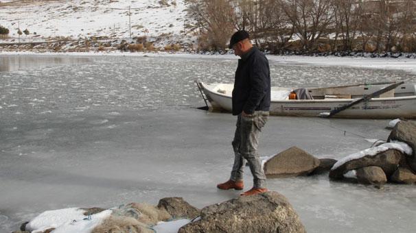 Ardahan'da göller ve nehirler dondu