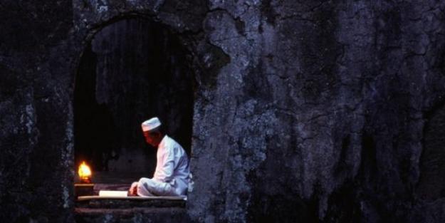 Arefe günü hangi duaları okumak gerekir?