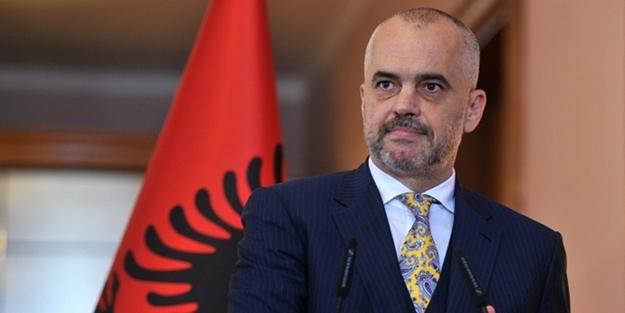 Arnavutluk Başbakanı'ndan FETO'ya tokat