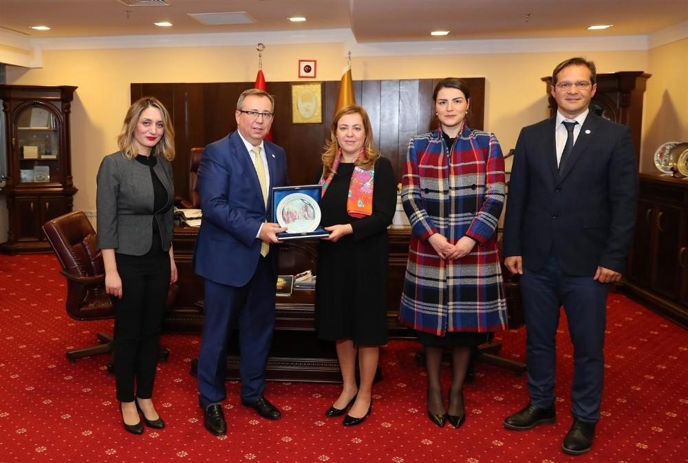 Arnavutluk İstanbul Başkonsolosu'ndan Trakya Üniversitesine ziyaret