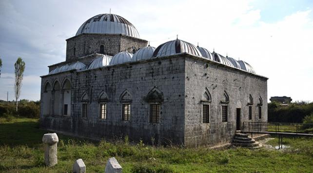 Arnavutluk'ta Osmanlı eseri: Kurşunlu Cami