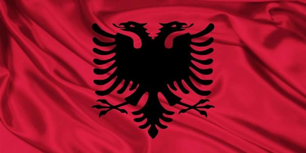 Arnavutluk'un aday kadrosunda değişiklik