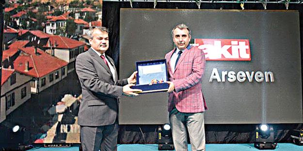Arseven'e kültür ödülü