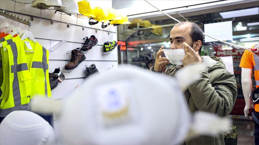 Artan maske talebi, sağlık çalışanlarına zarar verebilir
