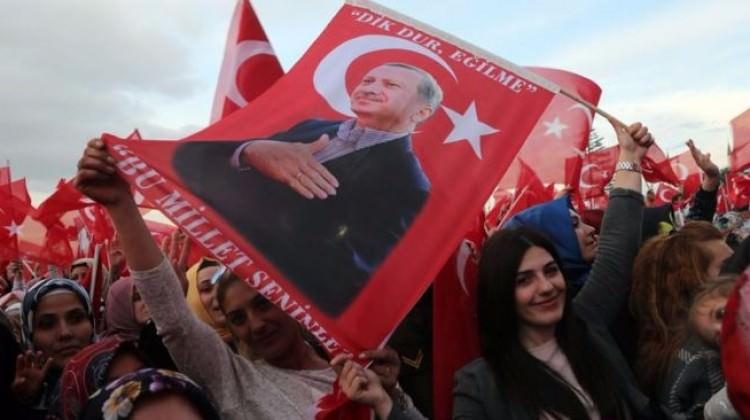 Alçaklar NATO'yu Türkiye'ye müdahale etmeye çağırdı!