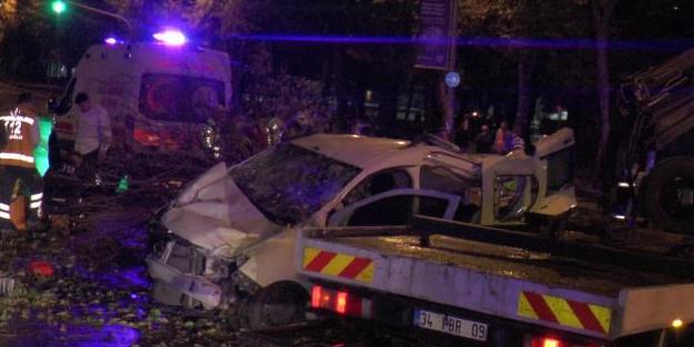 Aşırı hız kaza getirdi: Yaralılar var