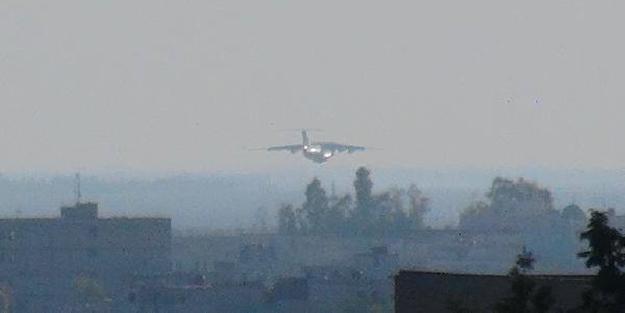 Askeri hareketlilik: Rus uçağı Kamışlı'ya indi!