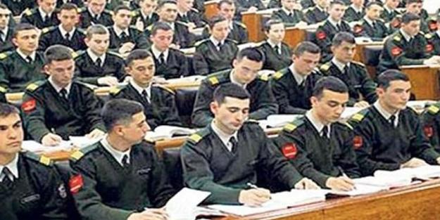 Askeri okul mezunları için karar verildi!