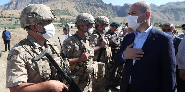 Askerlerle bayramlaşan Bakan Soylu'dan açıklama: Göreceksiniz yakın zamanda...