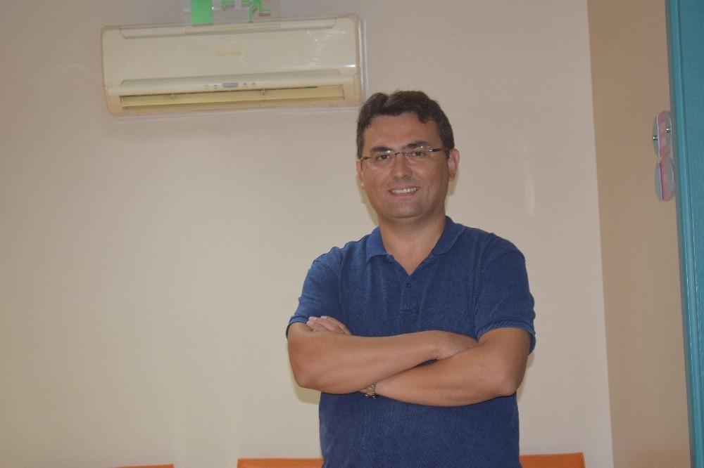 Astigmat, lazer ameliyat ile tedavi edilebiliyor