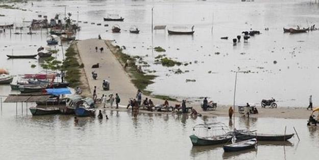 Şiddetli yağış ve sel faciası! Bin 422 ölü