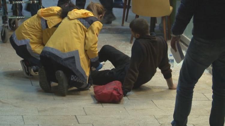 Ataşehir'de çorbacıda çatışma! Yaralılar var