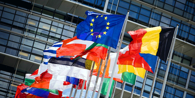 Avrupa ihanet peşinde