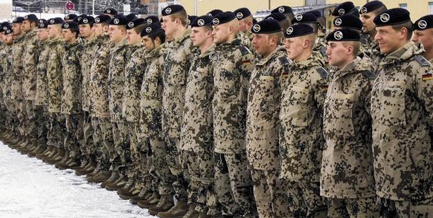 Avrupa ülkesinde deprem! 550 asker hakkında soruşturma