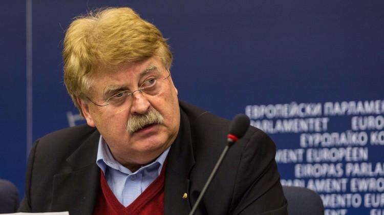 Avrupalı Başkan'dan Türklere küstah referandum çağrısı