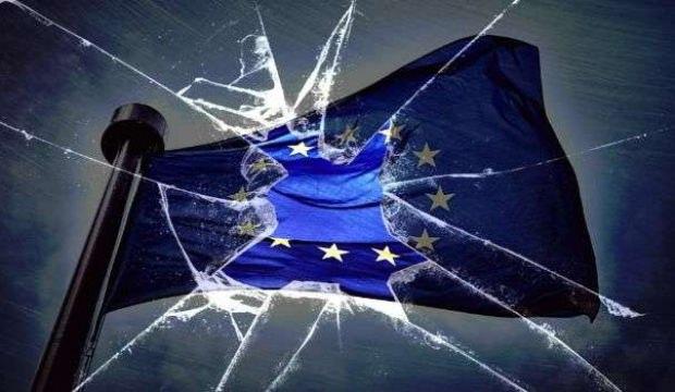 Avrupa'yı temelinden sarsan gelişme! Duyurdular