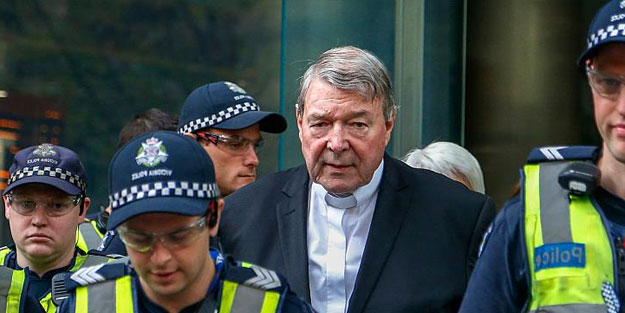Çocuk tacizcisi Kardinal'in mahkemesinde karar verildi