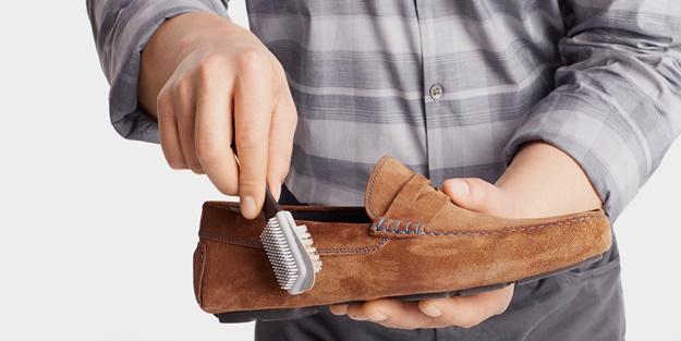Ayakkabıdaki lekeler nasıl çıkar?