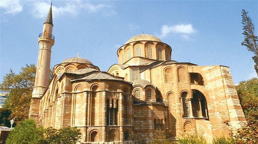Ayasofya için emsal olabilir… O cami 74 yıl sonra ibadete açılıyor