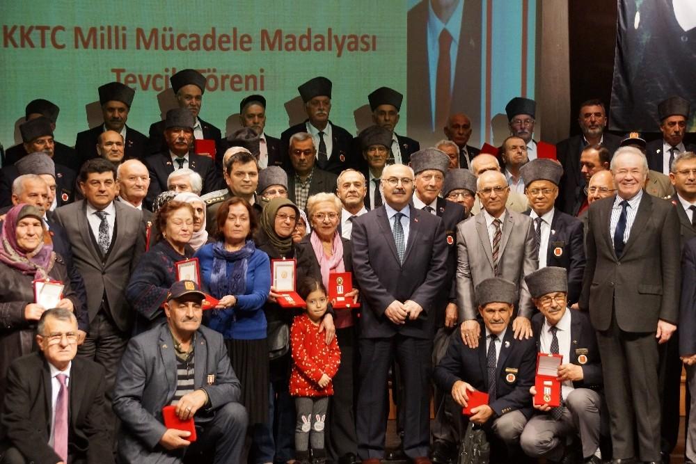 Aydın'da 80 Kıbrıs gazisi madalyalarına kavuştu