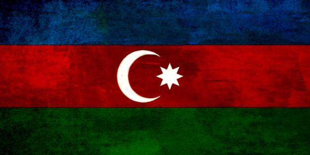 Azerbaycan bağımsızlığını kutladı