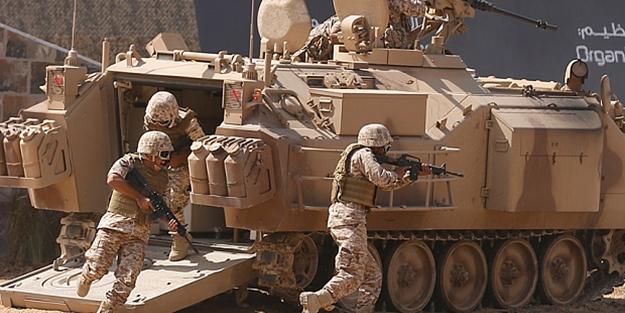 BAE Sokotra Adası'na asker konuşlandırdı!