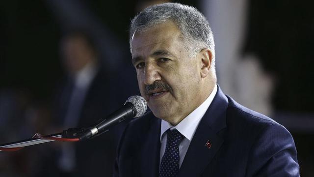 Bakan Arslan: Kanal İstanbul'da 5 güzergahta nihai aşamaya gelindi