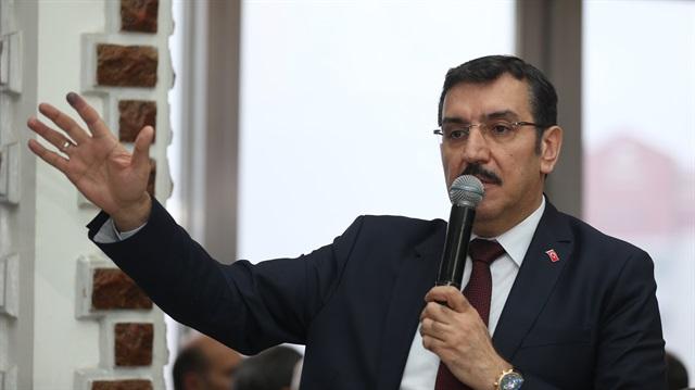 Bakan Bülent Tüfenkci: Herkes emlakçı olamayacak
