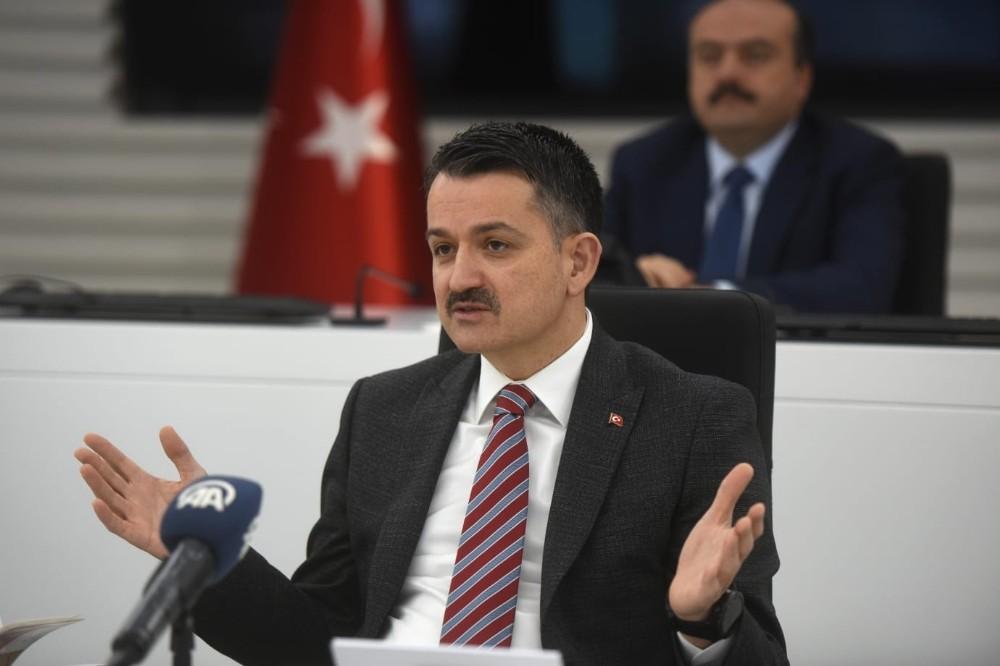 Bakan Pakdemirli, Antalya Tarım ve Orman sektör temsilcileriyle bir araya geldi