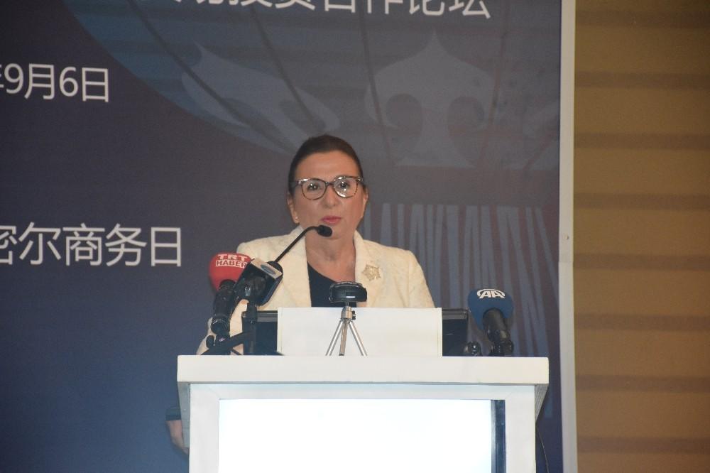 Bakan Pekcan, Türkiye-Çin İş Forumu'nda konuştu