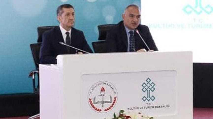 Bakan Selçuk ve Ersoy'dan Türk Dil Bayramı paylaşımı