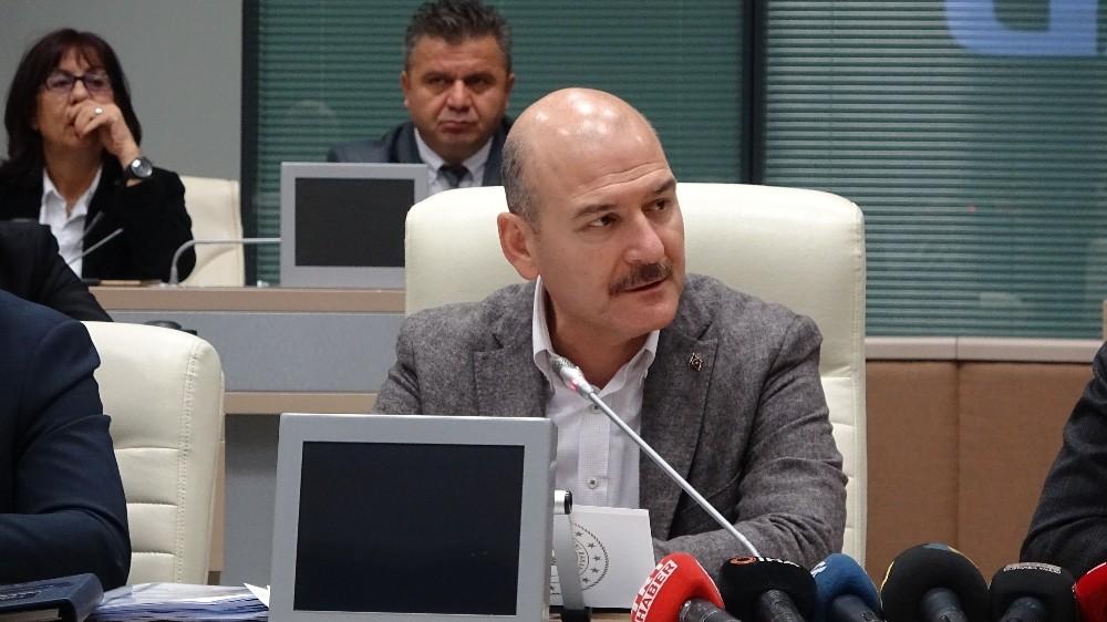 """Bakan Soylu: """"5.8'lik İstanbul depremi, bize ciddi bir prova fırsatı vermiştir"""""""