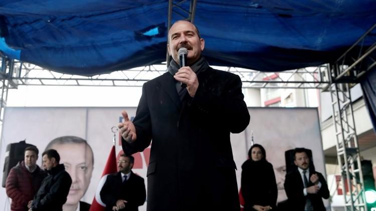 Bakan Süleyman Soylu'nun uçağı inemedi!