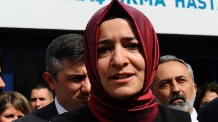 Bakanı Fatma Betül Sayan Kaya'nın Hollanda ve Almanya programı iptal edildi