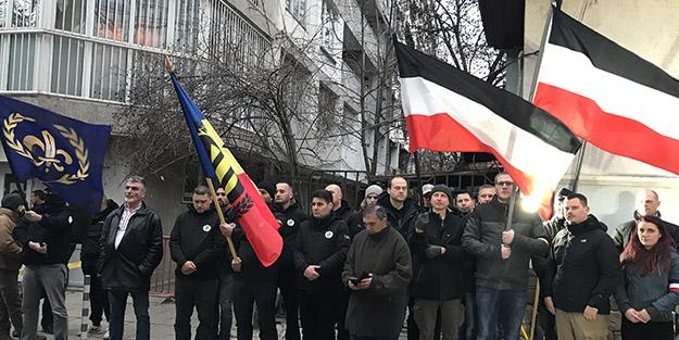 Bakanlık 17 yıl sonra son verdi! Bulgaristan'da ırkçılar sokağa çıkıp topluma meydan okudu