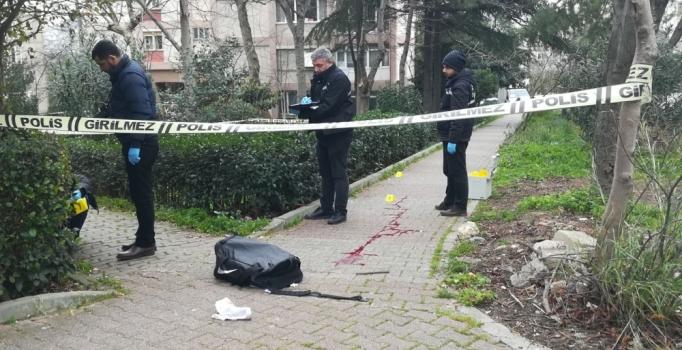 Bakırköy'de silahlı saldırı: 1 kişi yaralı