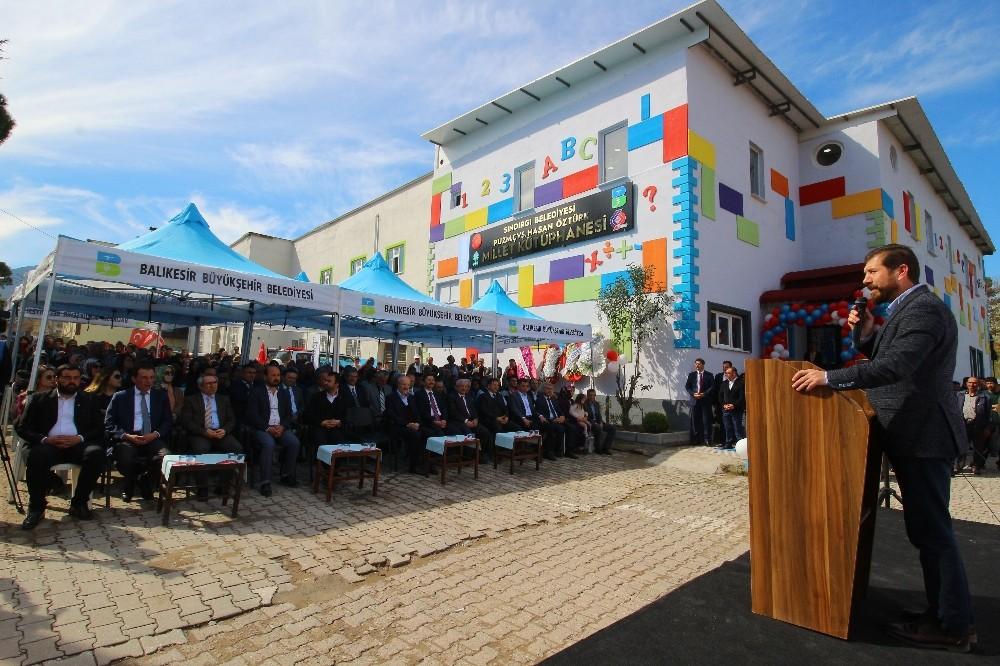 Balıkesir'in ilk Millet Kütüphanesi Sındırgı'da açıldı
