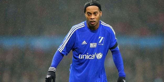 Bankada sadece 6 eurosu kaldı! Ronaldinho iflas etti