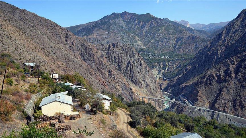 Baraj havzasındaki İnanlı köyü başka bir bölgeye naklediliyor