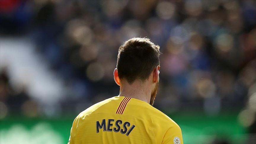 Barcelona'da Messi'nin kulüp yönetimini eleştirel sözleri ve Dembele'nin sakatlığı sorun oldu